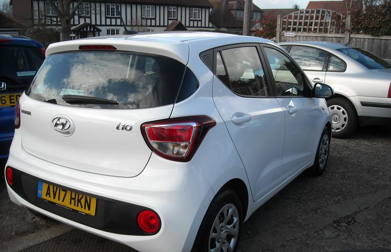 Hyundai i10 1.0 SE 5dr - New In